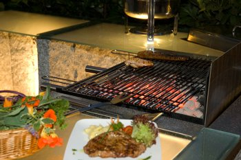 Grillabend am Holzkohlengrill